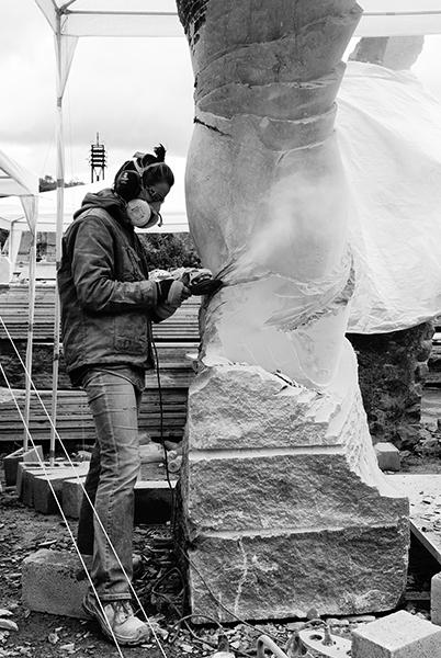 Tailleur de pierres Cognac Angoulême en Charente - Sculpteur - Manue Moine
